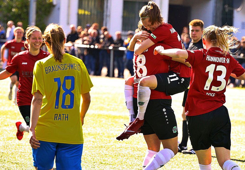 Frauenfußball Hannover